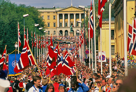 Norges national den 17 maj  firas stort – Gratulerar på dagen