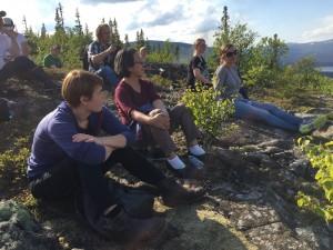 FNs specialrapportör Victoria Tauli-Corpus besöker Rönnbäcken